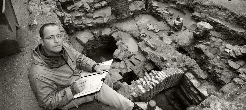 Alejandro Malumbres archaeologist